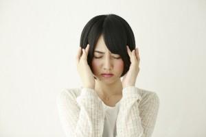 母乳育児中、頭痛薬は飲んでもいいの?