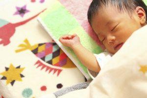 赤ちゃんが鼻水で寝れない